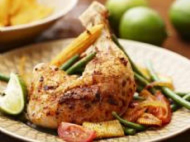 Meksikolaista kanaa ja papusalaattia