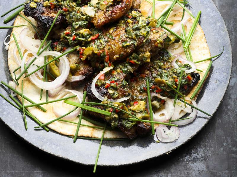 Turkkilainen kana ja chili-oliivirelissi