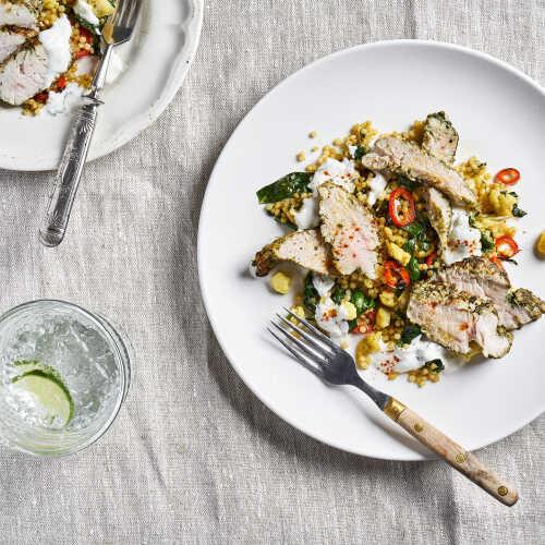 Pestokalkkunaa ja kukkakaali couscousia